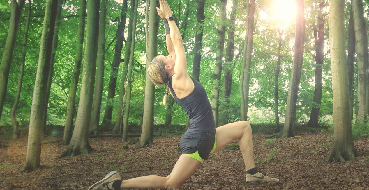 Yoga Asana: Der aufrechte Sprinter, JUMUUV